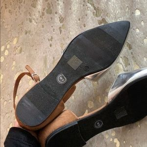 GAP Shoes - NWT • pointed flats